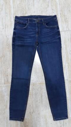 ZARA Ladies Jeans (BLUE) (24 to 34 EUR)