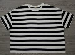 EARTH Ladies T-shirt (BLACK- WHITE) (S - M- L - XL)